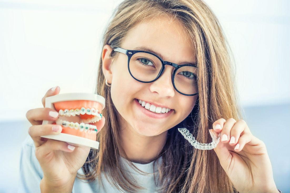 5 Advantages of Invisalign Over Metal Braces